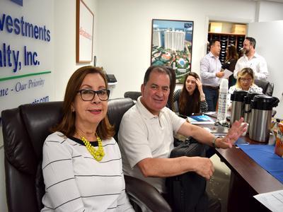 Mercedes Reyes and Ricardo Cruz