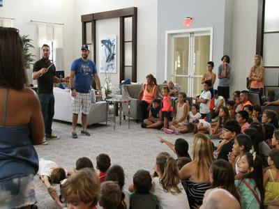 The great Juan Drake, Magician, showing the kids unconventional and funny tricks!